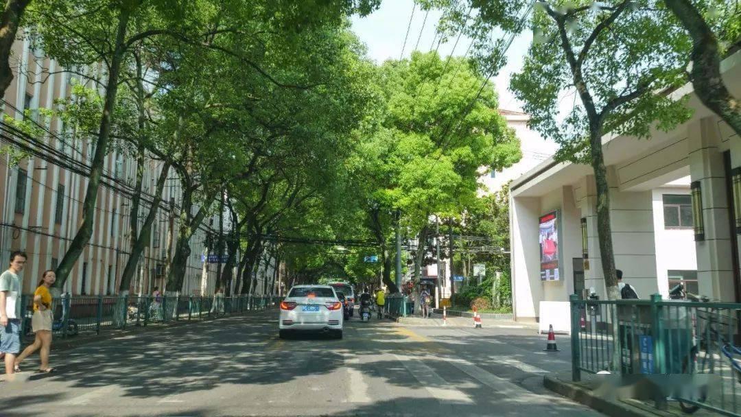 规划区域周边人民东路及工农北路